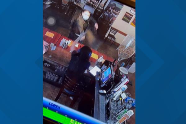Picture for Sacramento restaurant worker assaulted over lack of cold glass for beer