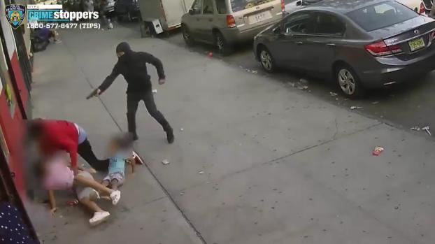 Picture for Gunman chases man down New York sidewalk, shoots him inches from 2 children