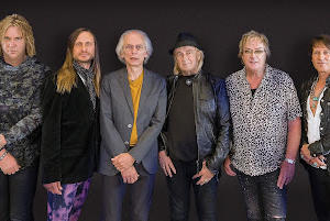 Picture for Yes release Future Memories video