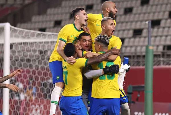 Picture for Olympics 2020: Brazil beat Mexico on penalties to reach final