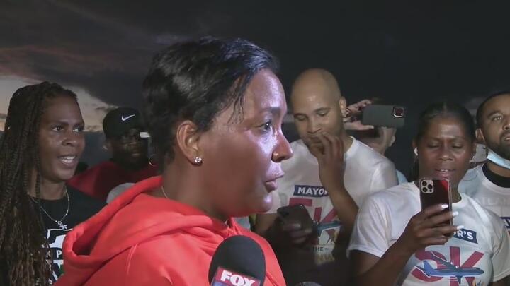 Cover for Mayor Keisha Lance Bottoms' emotional 'Thank You' to Atlanta
