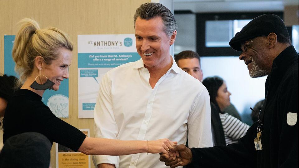 Picture for California Governor Gavin Newsom announces new Covid-19 vaccine mandate in Alameda Monday
