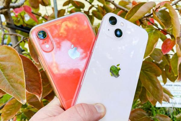 Picture for iPhone 13 vs. iPhone XR camera face-off: How much better is the new iPhone?