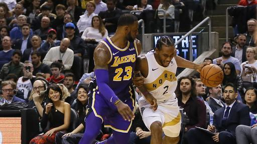 Lebron James Apparently Told Soon To Be Nba Free Agent Kawhi Leonard We Ll Be In Touch After Lakers Lost To Raptors News Break