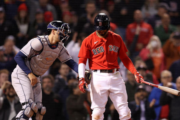 Picture for Boston Red Sox: 3 reasons the bottom may have dropped out on Sox