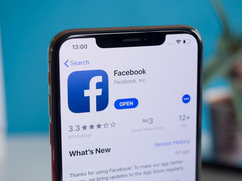 Facebook kicked Apple iPhone users out of their accounts on Friday | News Break