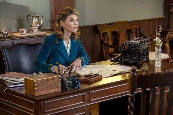 Picture for Lori Loughlin One Step Closer To Returning To 'When Calls The Heart'