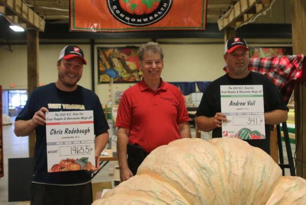 Picture for Nearly 1-ton pumpkin sets record at North Carolina fair