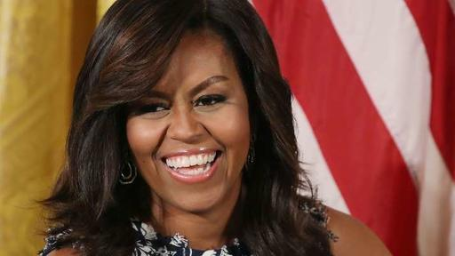 Michelle Obama S Vote Necklace Sent Twitter Into A Search Frenzy News Break