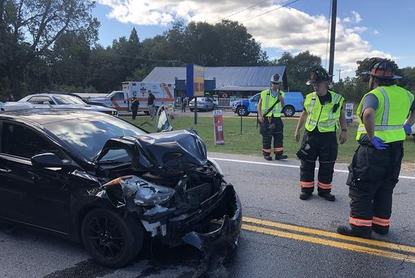 Picture for Several people injured in rear end accident – Beaverdam Road