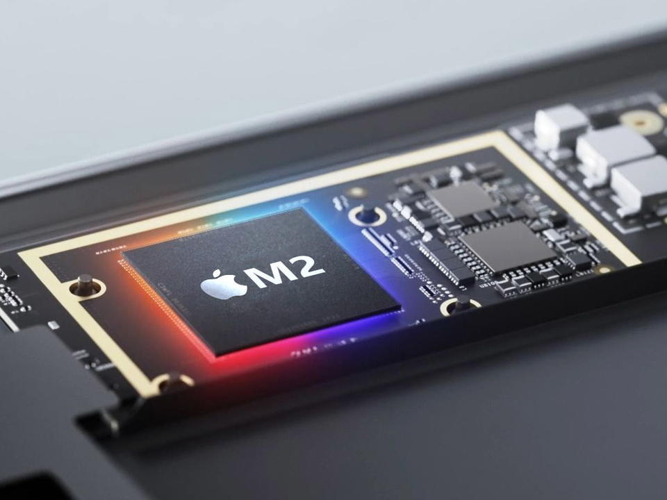 Apple's M2 chip expected to launch in redesigned MacBook Air in 2022 - News  Break