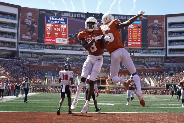Picture for 5 takeaways from UT's 70-35 destruction of TTU: Offensive line made all the difference for Longhorns