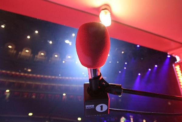 Picture for New listening figures show continued importance of live radio