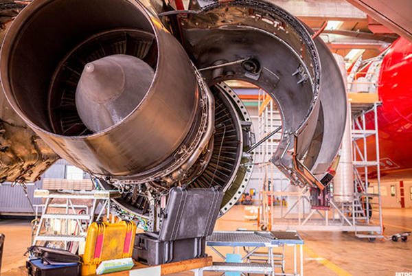 Picture for Rolls-Royce Beats Raytheon To $2.6 Billion B-52 Engine Contract With U.S. Air Force