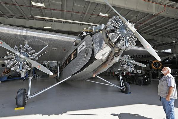 Picture for Historic plane stopping by Grimes Field in Urbana for rides