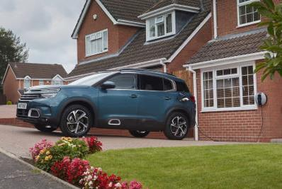 Picture for Citroën C5 Aircross SUV Hybrid receives over the air updates to remind owners to Plug-In regularly