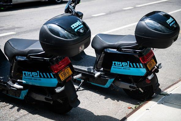 Picture for Revel mopeds banned on Manhattan, Queensboro bridges over 'safety concerns'