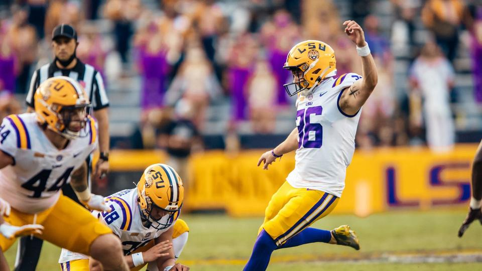 LIVE UPDATES: LSU faces South Carolina in Death Valley at ...