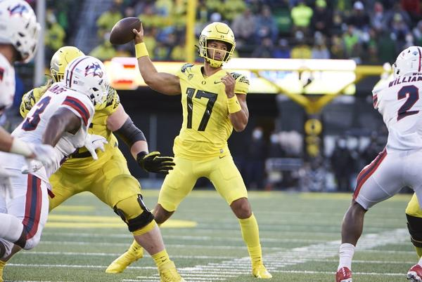 Picture for Oregon vs. Arizona College Football Odds, Plays and Insights