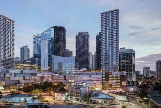 Picture for Miami's most popular 'neighborhood' is compared to Manhattan