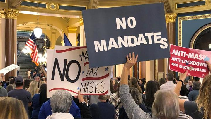 Cover for Iowa lawmakers consider vaccine mandate exemption bill
