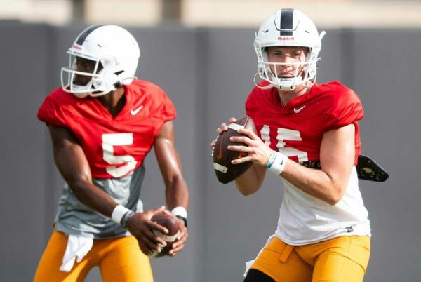 Picture for Tennessee football: Harrison Bailey, Hendon Hooker should split time vs. Tennessee Tech