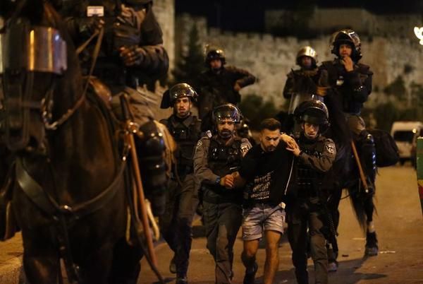 Picture for Israeli Extremist Group Chants 'Death To Arabs' During Jerusalem Protests