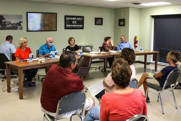 Picture for Kuttawa City Council eyes short-term rental ordinance