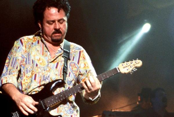 Picture for Watch Steve Lukather Shred The Beatles
