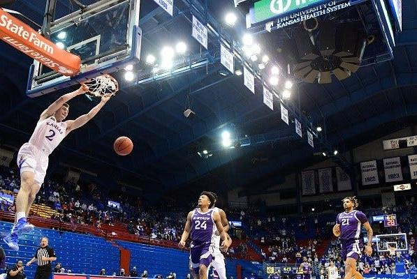Picture for Kansas ranked 3rd in AP basketball poll