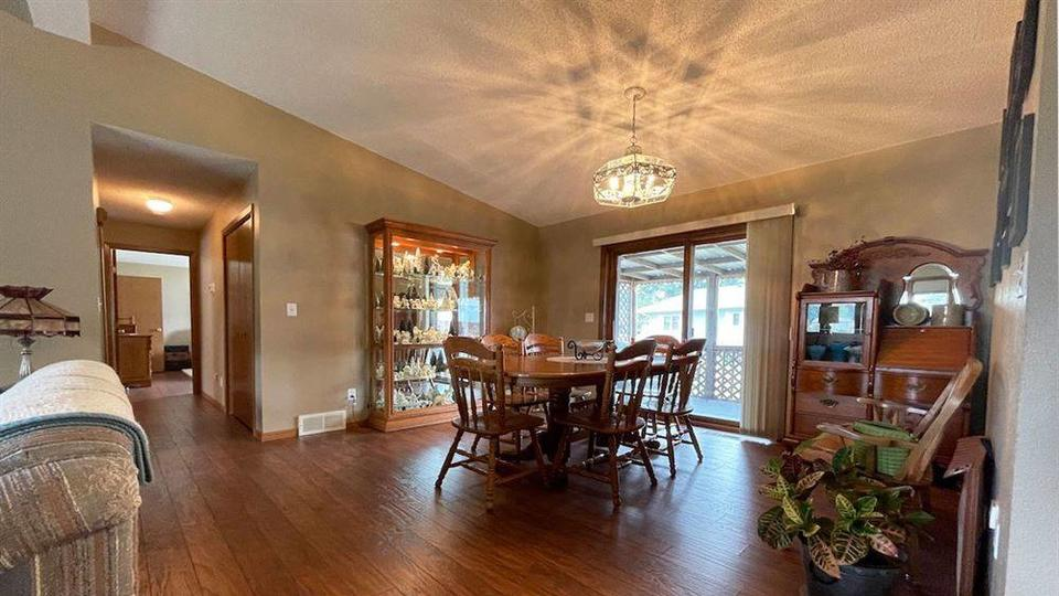 Picture for House hunt Fosston: See what's on the market now