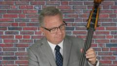 Cover for El Cajon Mayor Bill Wells to perform benefit concert for East County Transitional Living Center