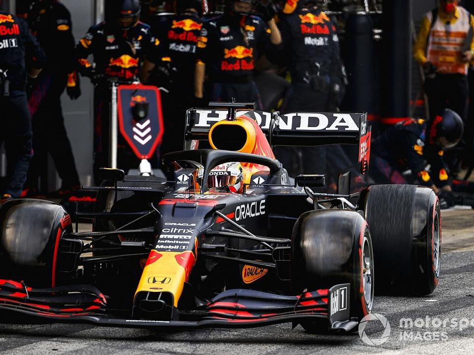 wolff-doubts-red-bull-engine-can-be-competitive-by-2025
