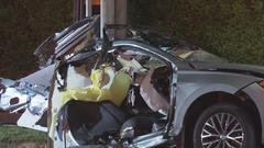Cover for 3 killed, 2 injured in fiery Burbank crash