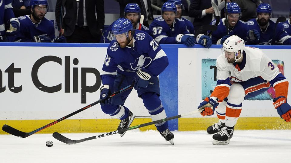 Picture for On Point: Center fuels Lightning bid to Cup title repeat bid