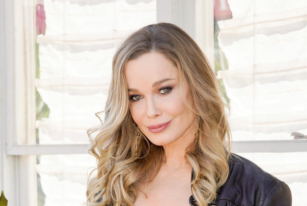 Picture for THE BOLD & THE BEAUTIFUL's Jennifer Gareis Is Moving!