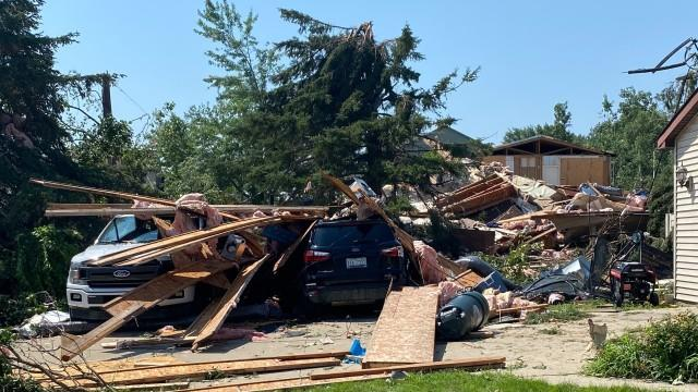 Picture for Tornadoes hit Oakland, Macomb, Genesee counties leaving miles of damage