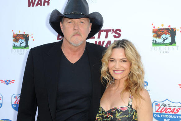 Picture for Trace Adkins Passionately Explains How Wife Victoria 'Rejuvenated' His Life