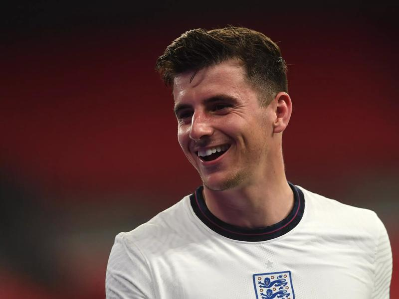 Mason Mount doesn't care about the haters on social media ...