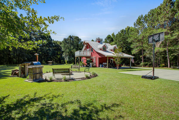 Picture for Take a look at these homes on the Eutawville market now