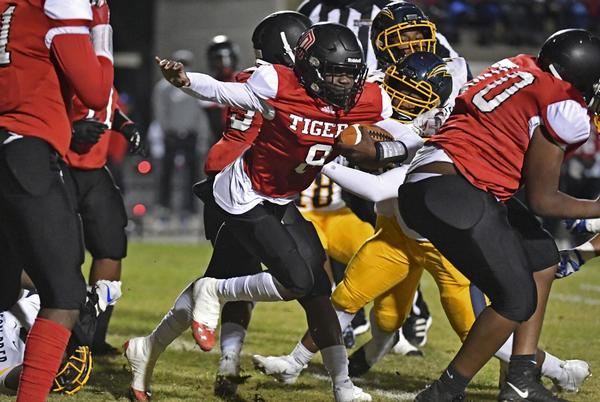 """Picture for Donaldsonville side-steps adversity, opens season with two """"old-school """" victories"""