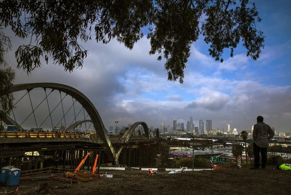 Picture for Photos: 101 Freeway closes as crews remove framework around 6th Street Bridge
