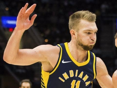 pacers-domantas-sabonis-treated-for-back-issue-still-playing-monday