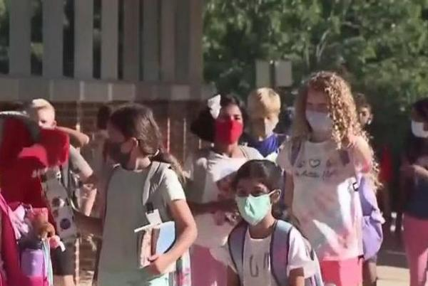 Picture for Moore County Board of Education votes to continue mask mandate