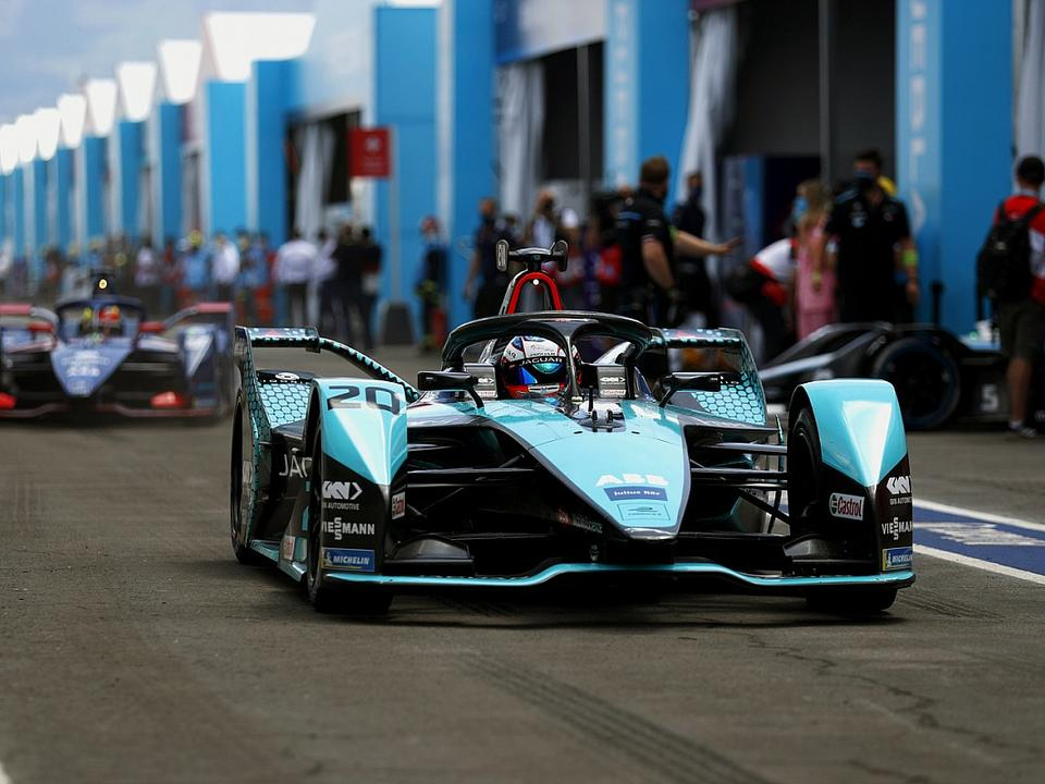 jaguar-land-rover-formally-commits-to-gen3-formula-e-rules