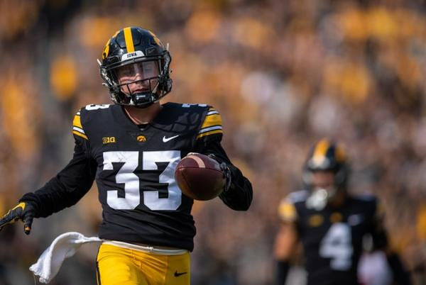 Picture for Iowa football's Riley Moss named Walter Camp Defensive Player of the Week