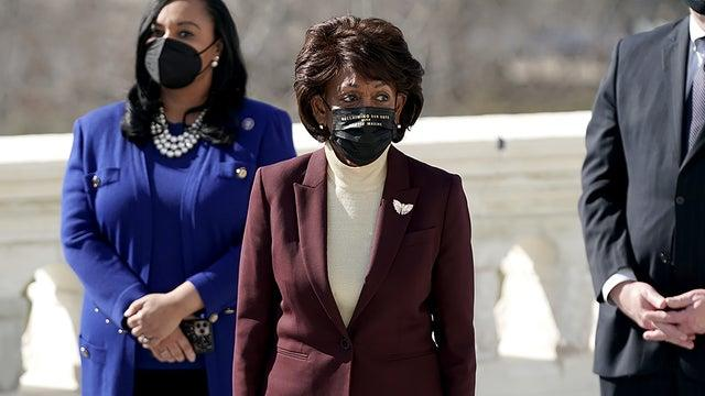 Picture for Maxine Waters: Trump, campaign should be investigated for any Jan. 6 role