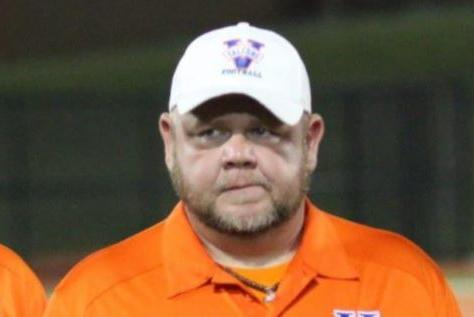 Picture for Tennessee High School defensive ends coach dies less than a week after player drowns