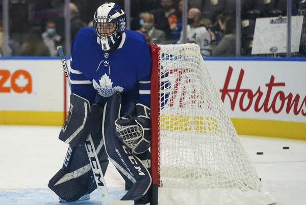 Picture for Maple Leafs dress University of Toronto goalie as backup