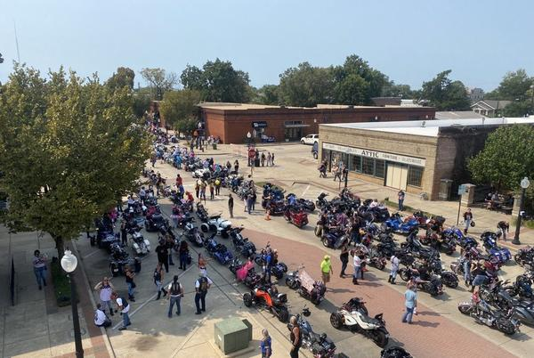Picture for Over 1,000 female bikers gather in BCS